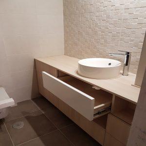 Mueble de baño en plastificado